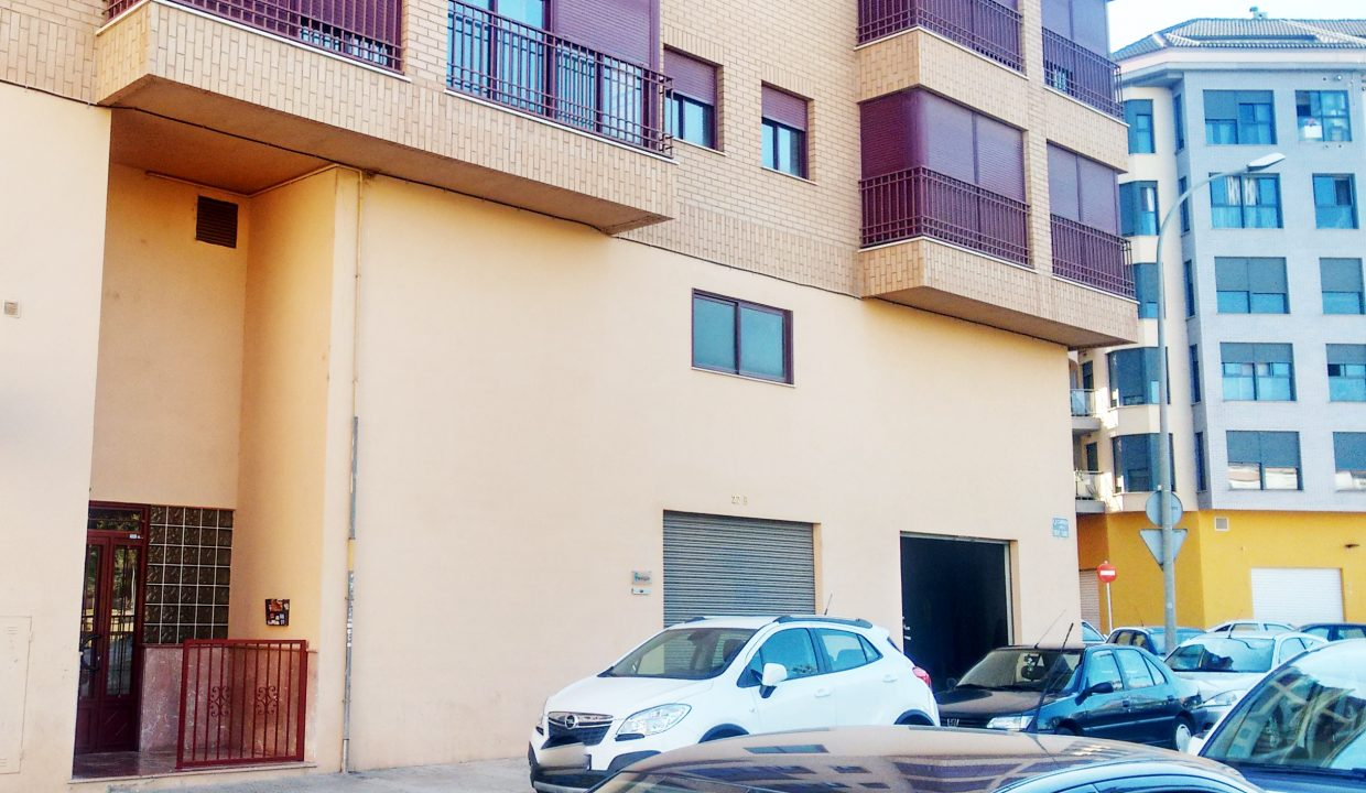 fachada local comercial en vila-real