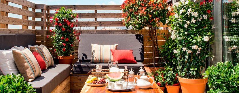 https://www.inveniorealestate.es/decoracion-de-balcones-y-terrazas